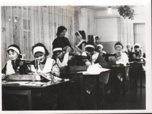 ПМОФ-414. Урок труда в Аксарковской школе-интернат 1988 год